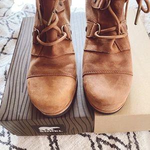Sorel Shoes - EUC Sorel Addington Lace Booties
